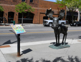 Mudgy and Millie statues and book lead visitors through downtown Coeur d'Alene.