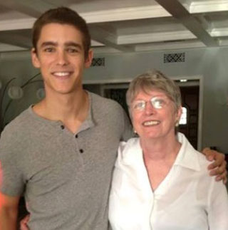Lois-Lowry-with-Brenton-who-plays-Jonas